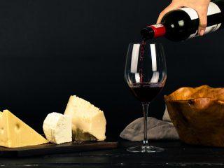 ο κρασί ξεχωρίζει ως η πιο δύσκολη προϊοντική κατηγορία στο supermarket, αυτή με τις περισσότερες προκλήσεις, αλλά και με αρκετές ευκαιρίες.